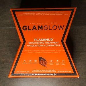 GLAMGLOW Flashmud Brightening Treatment BRAND NEW
